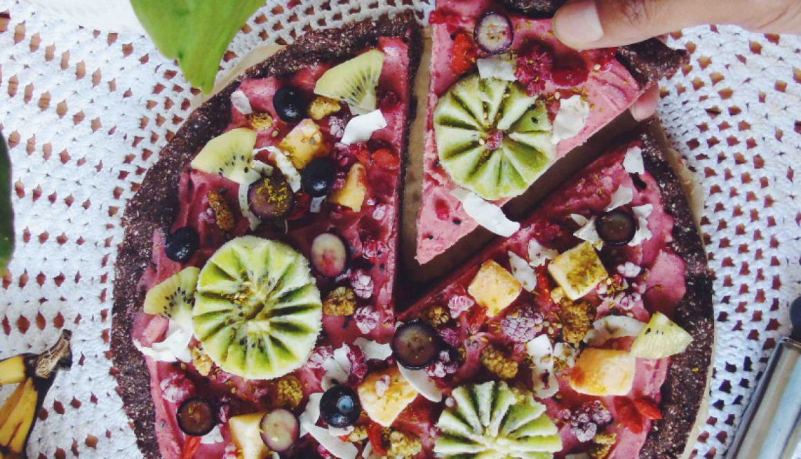 Raw Ice Cream Fruit Pizza