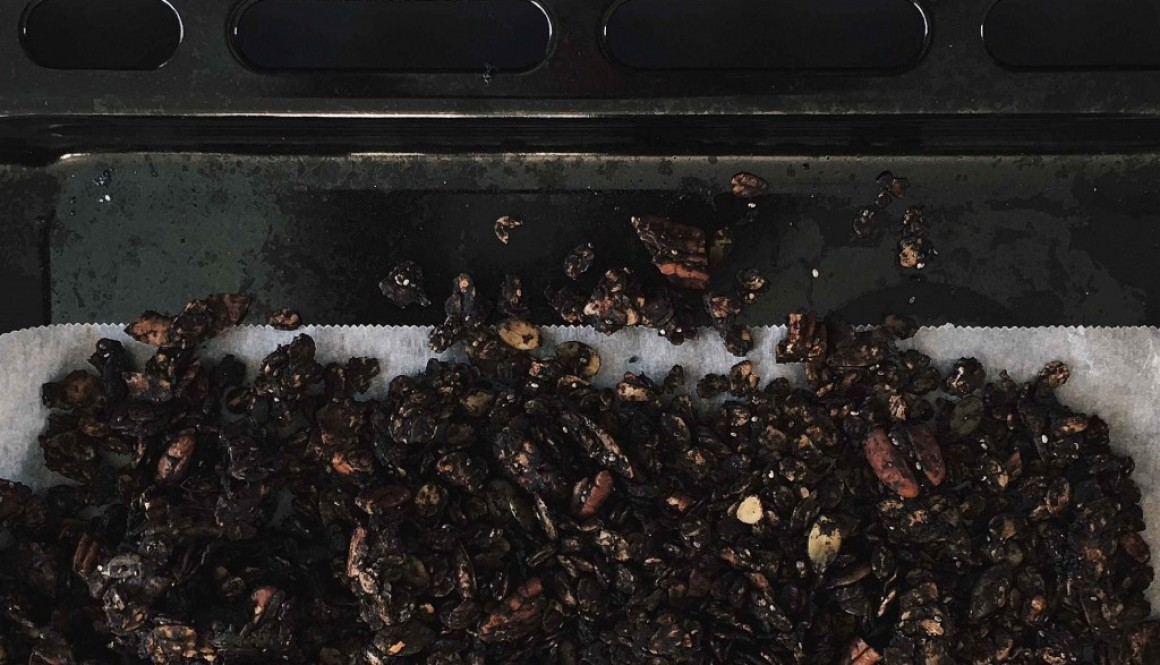Black Cacao Granola – Halloween Addition
