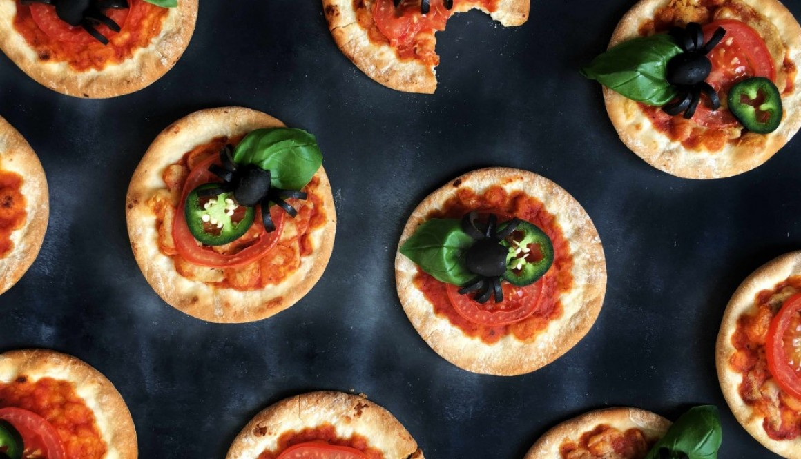 Mini Creepy Crawler Pizza's – Halloween Edition
